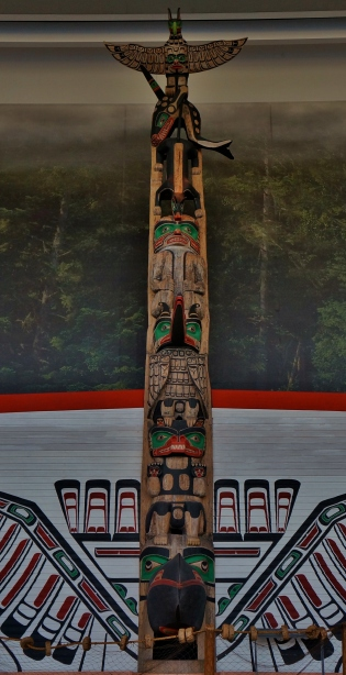 Totem pole at the Canadian Museum of Civilizations.